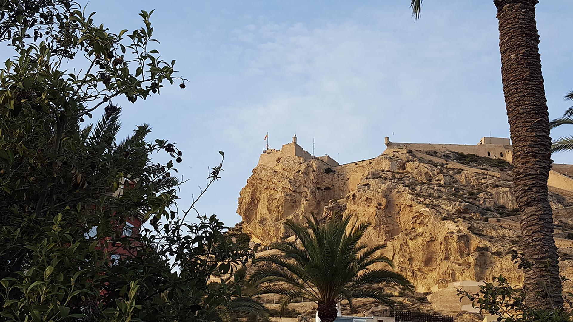 La cara del moro o Testa del Moro e il Castillo di Santa Barbara