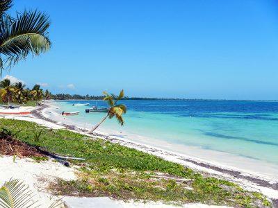 Spiaggia presso Punta Allen
