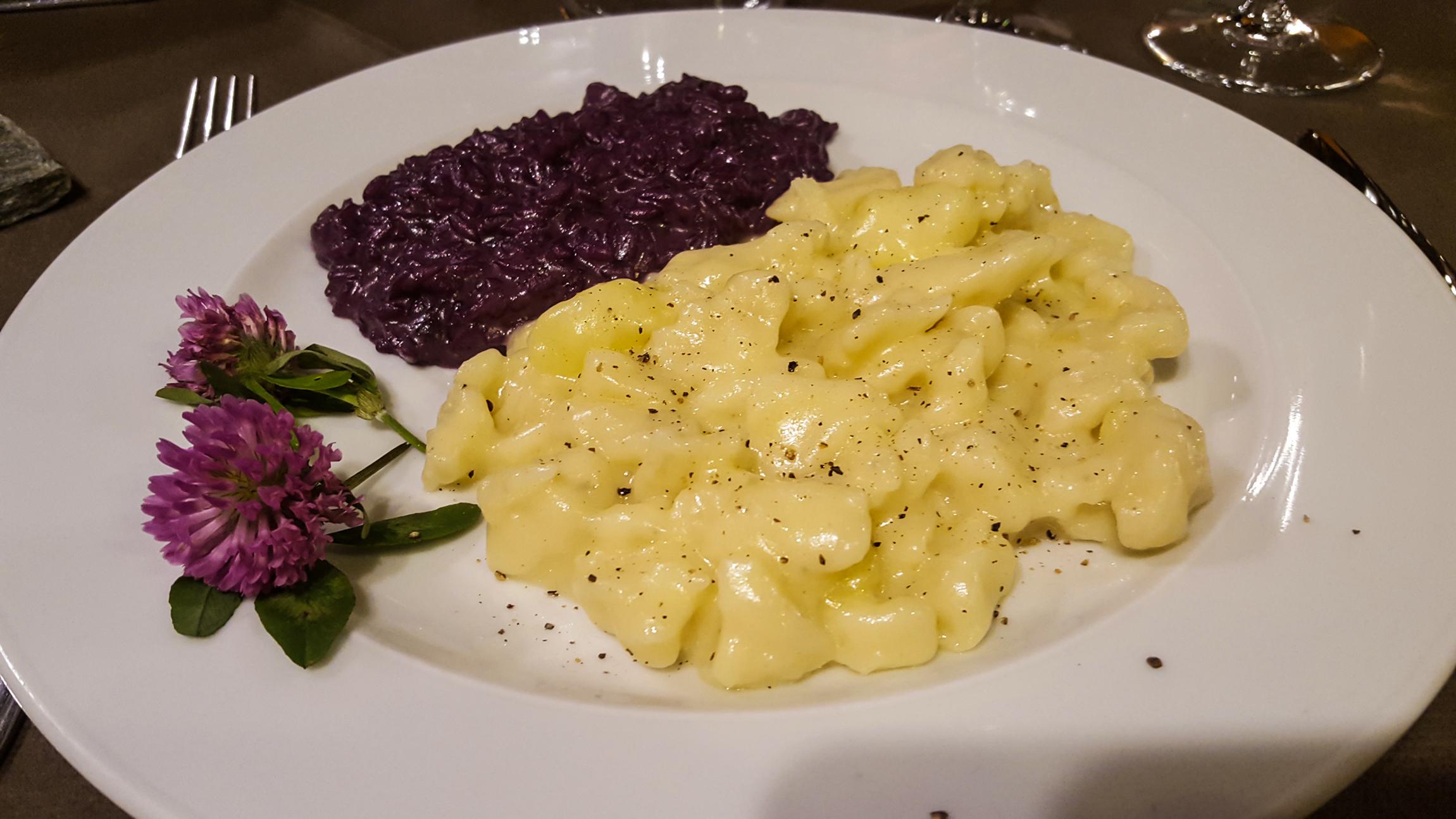 """I pizzoccheri della """"Val di Giust"""" e il risotto mantecato ai mirtilli dell'Alpe"""