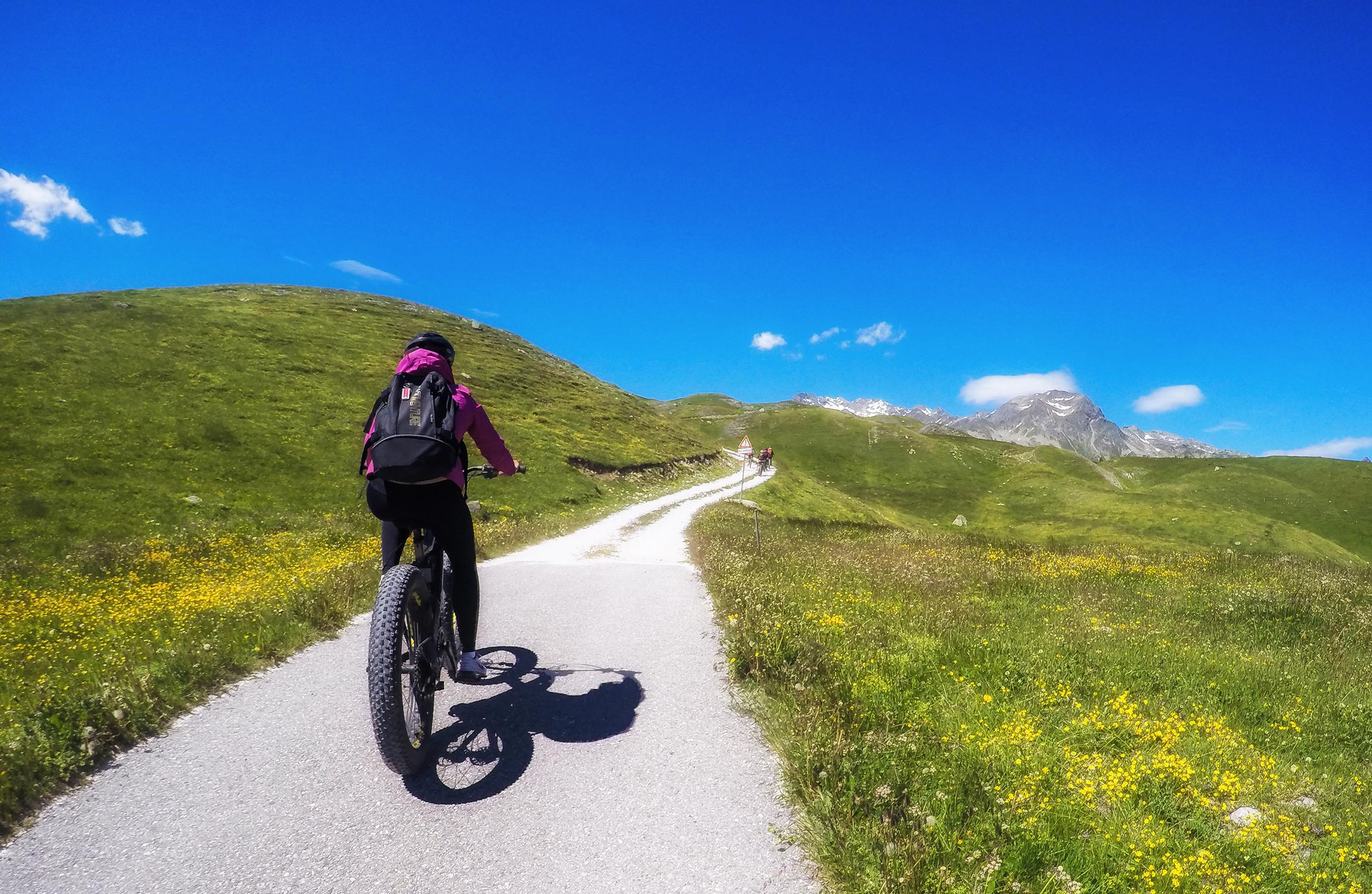 Percorrendo il Sentiero degli Andossi in e-bike