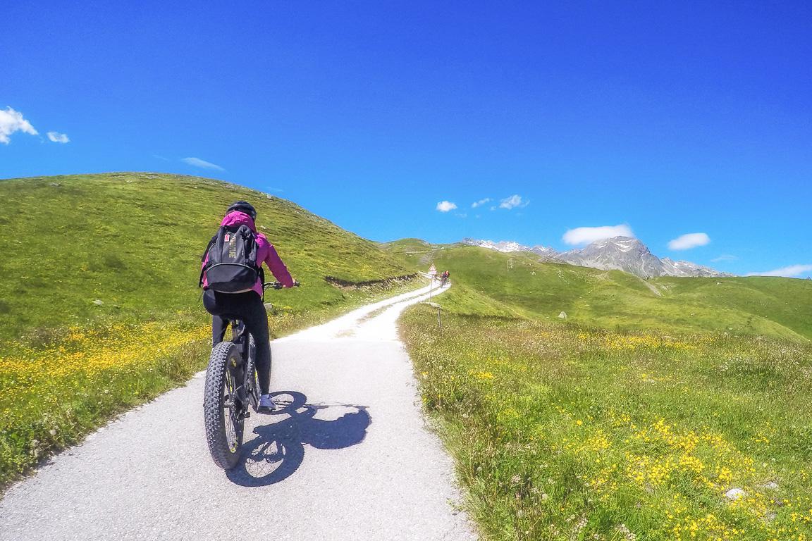 Valchiavenna: percorrendo il Sentiero degli Andossi in e-bike
