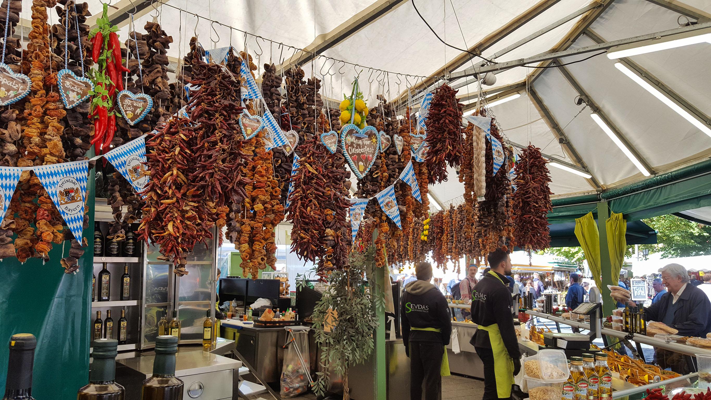Il Viktualienmarkt - Monaco di Baviera