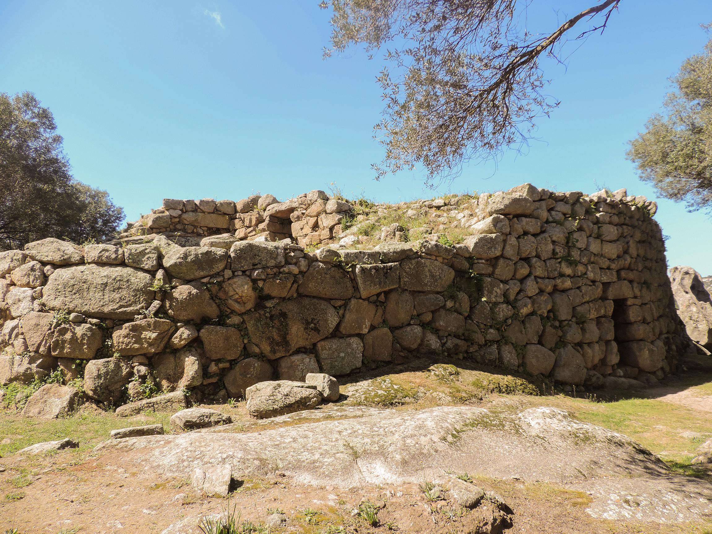 Nuraghe Albucciu - Parco archeologico di Arzachena (su concessione del MIBAC -Soprintendenza Archeologia, Belle Arti e Paesaggio per le Province di Sassari e Nuoro)