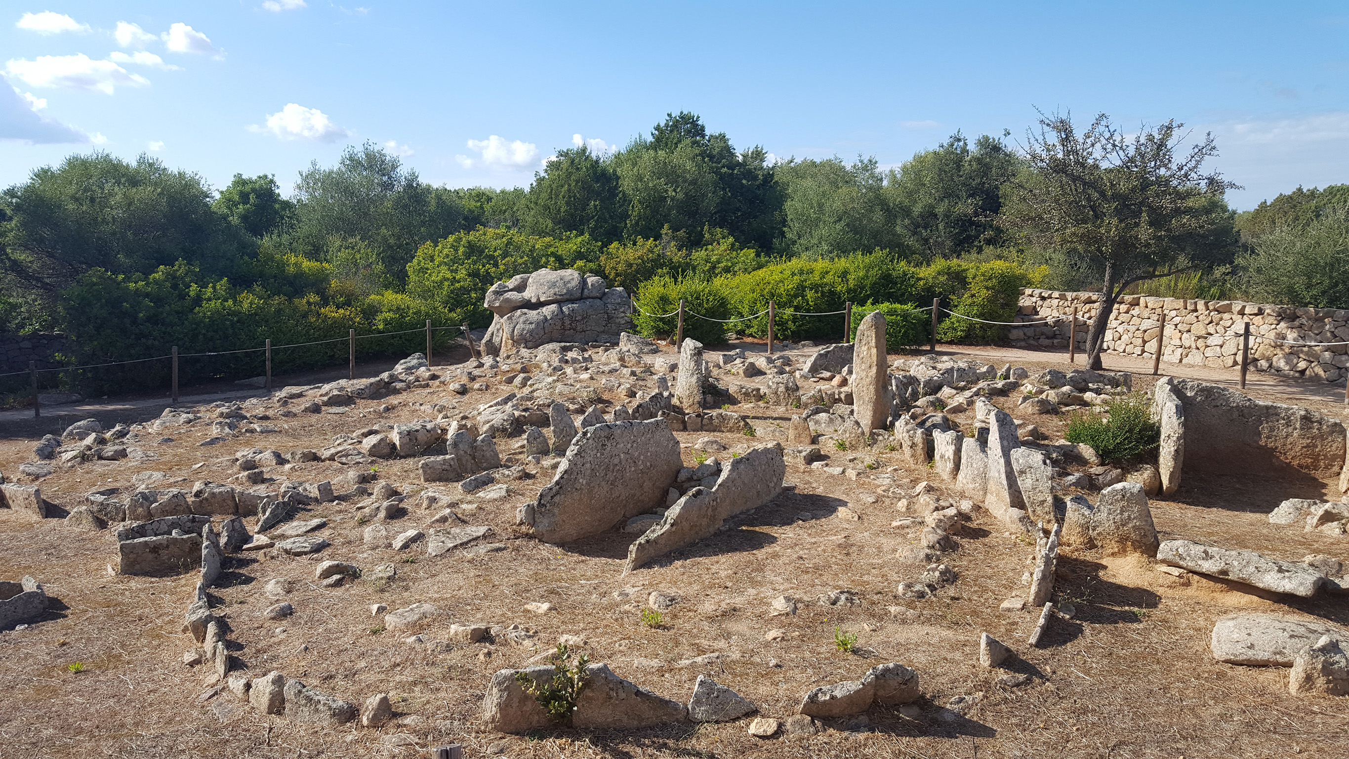 Necropoli Li Muri - Parco archeologico di Arzachena