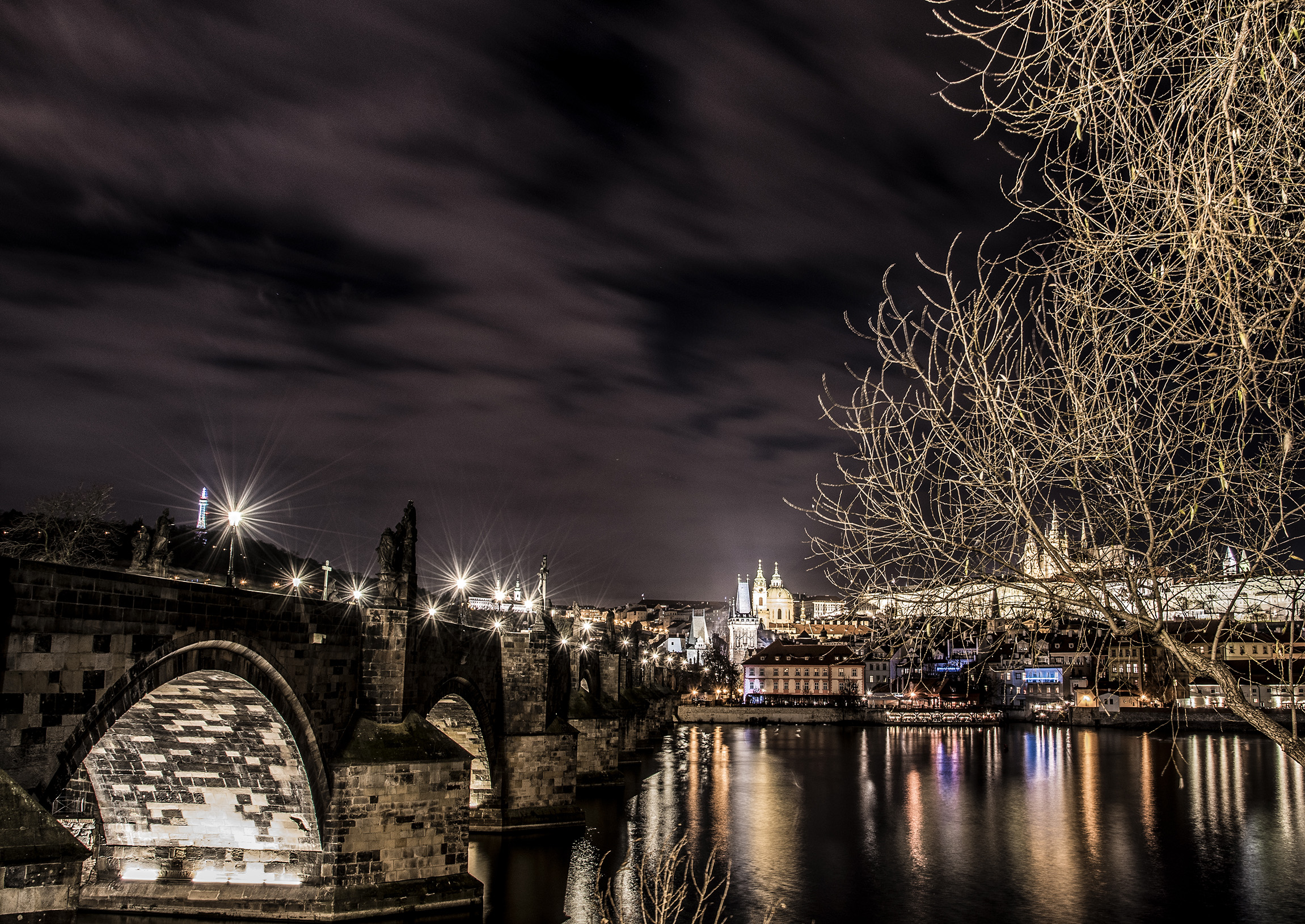 Ponte Carlo di notte