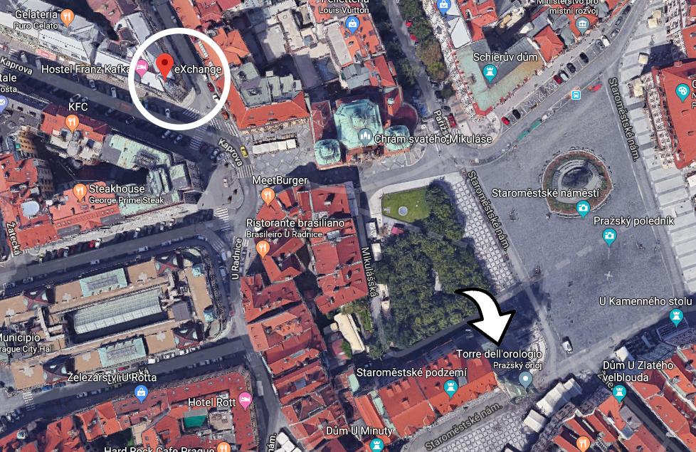 L'Exchange è quello nel cerchio bianco, mentre la freccia indica la più famosa Torre dell'Orologio
