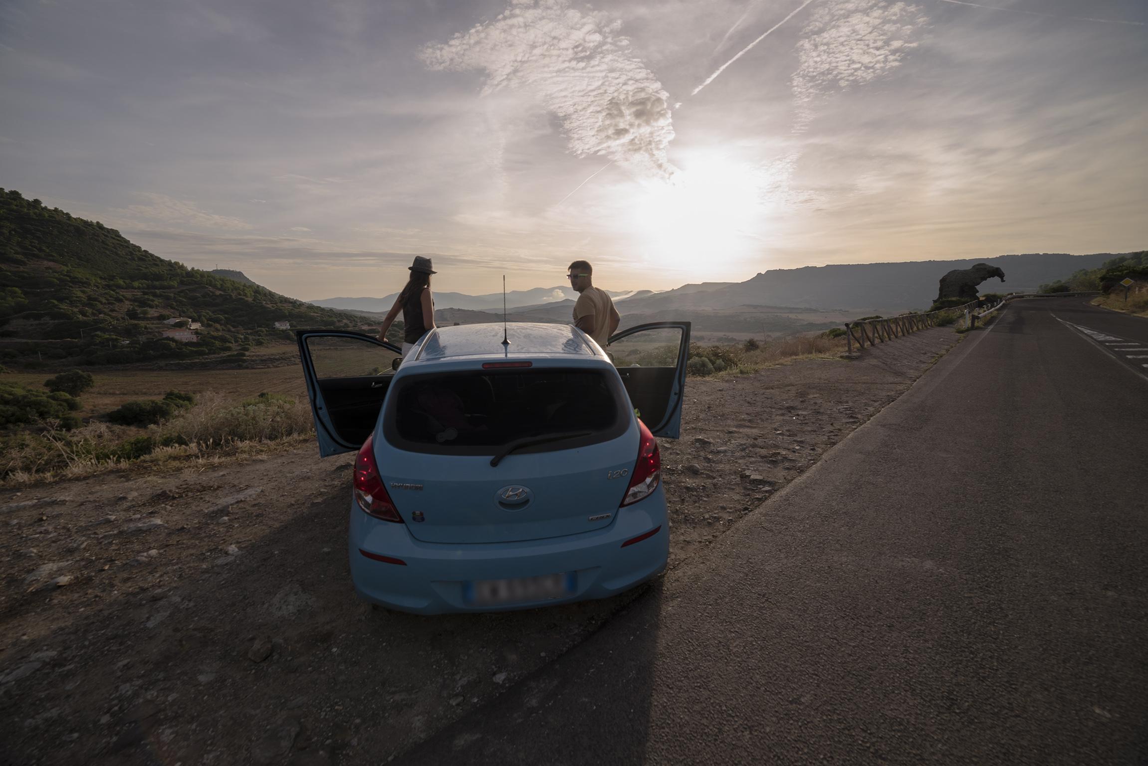 La Roccia dell'Elefante presso Castelsardo (macchina affittata presso LupoBike per affrontare il nostro viaggio in Sardegna del Nord)