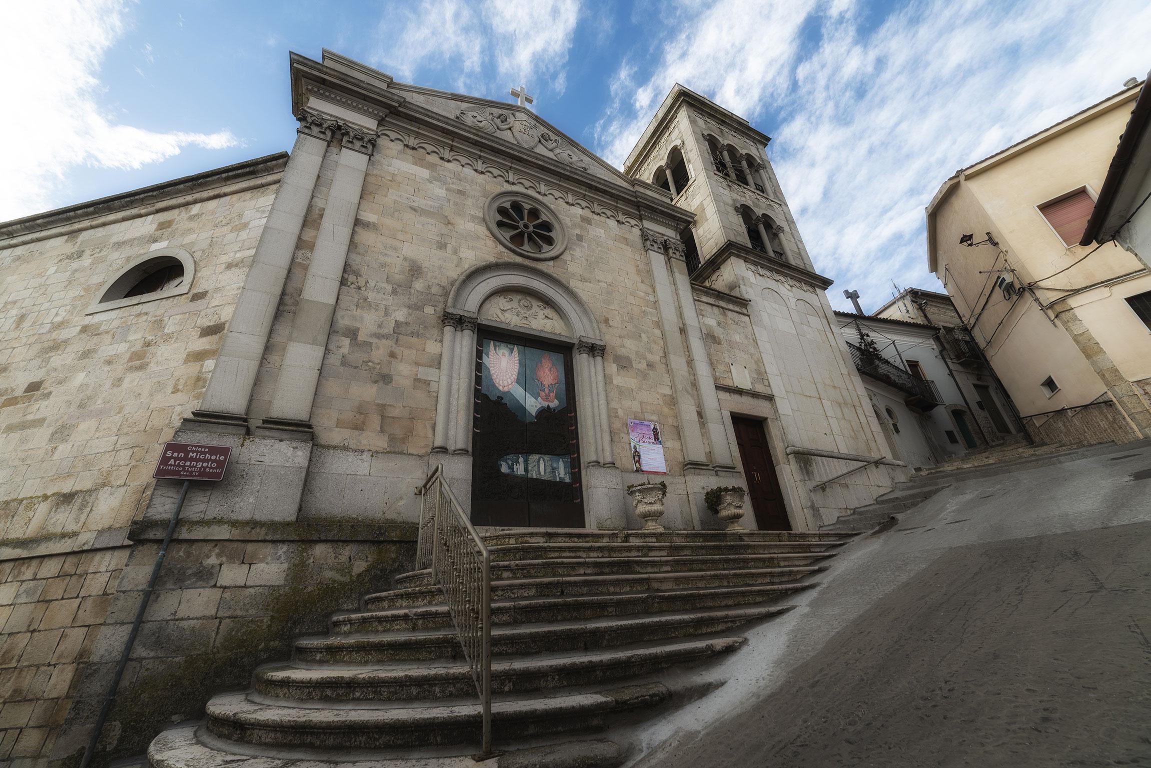 Cosa non perdere a Sant'Agata di Puglia: la Chiesa di San Michele Arcangelo