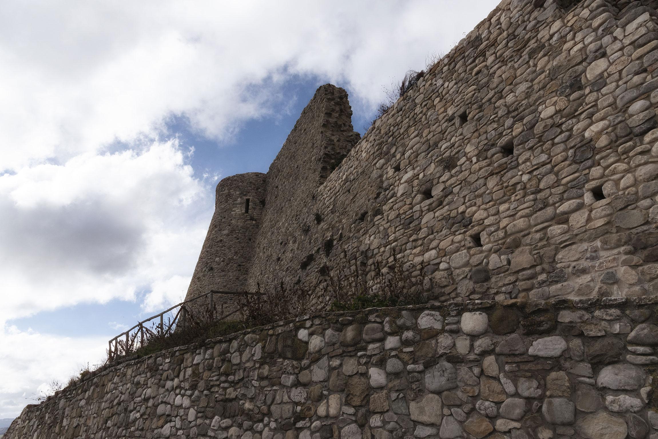 Cosa non perdere a Sant'Agata di Puglia: il Castello Imperiale