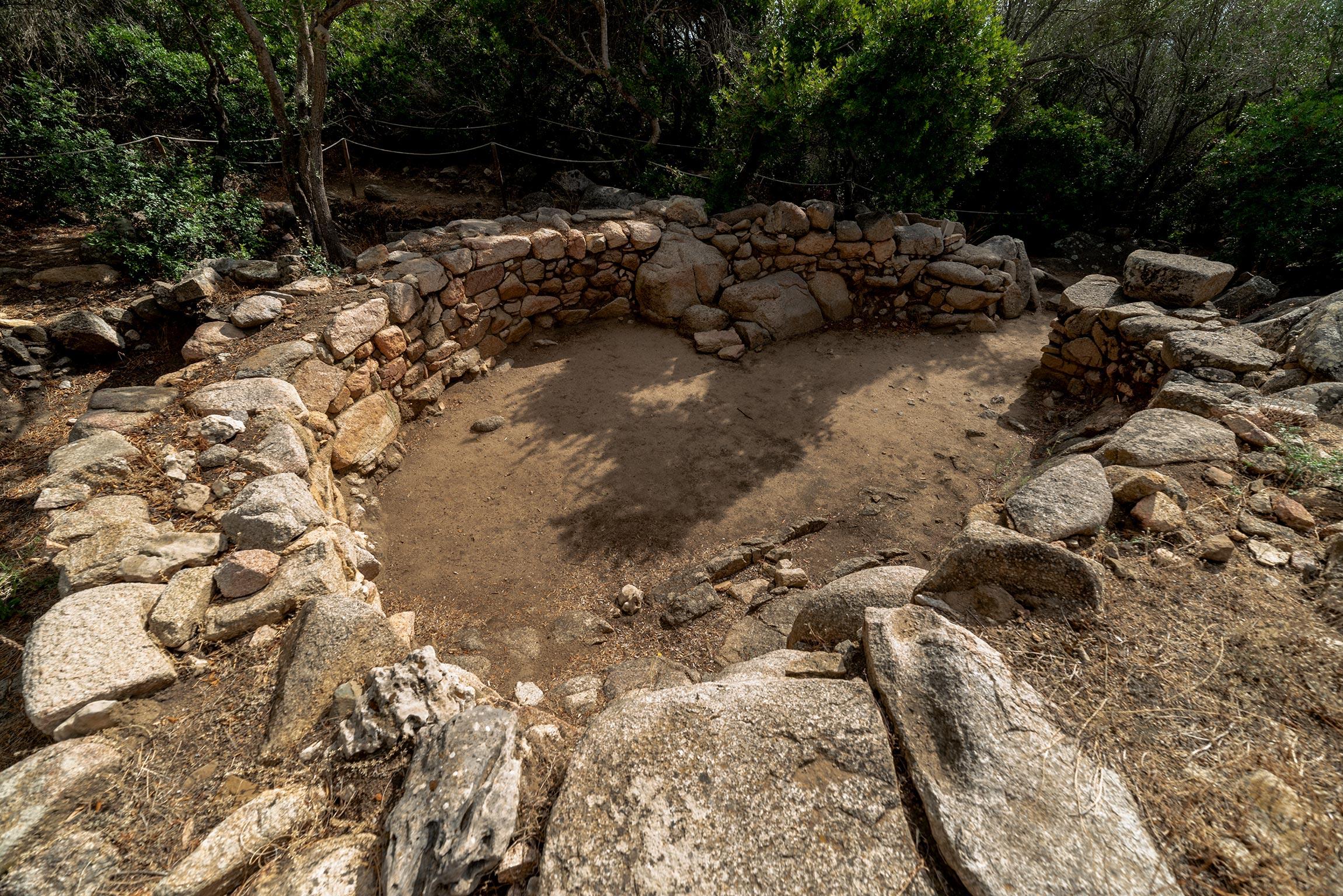 Villaggio capannicolo presso il Sito archeologico Lu Brandali