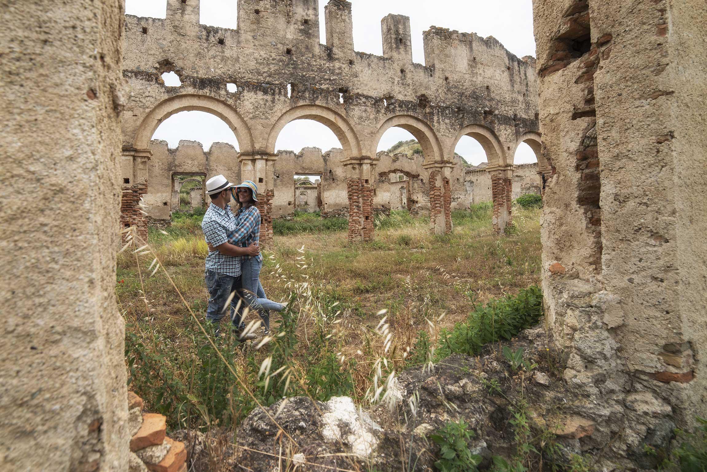 Turismo esperienziale in Calabria: visitare il Castello di San Mauro a Corigliano Calabro