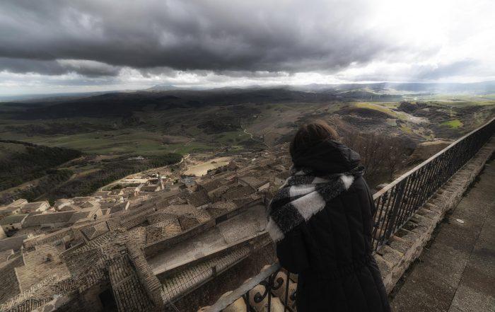 Panorama di Sant'Agata di Puglia - più in basso il Tavoliere e sullo sfondo le alture del Vulture