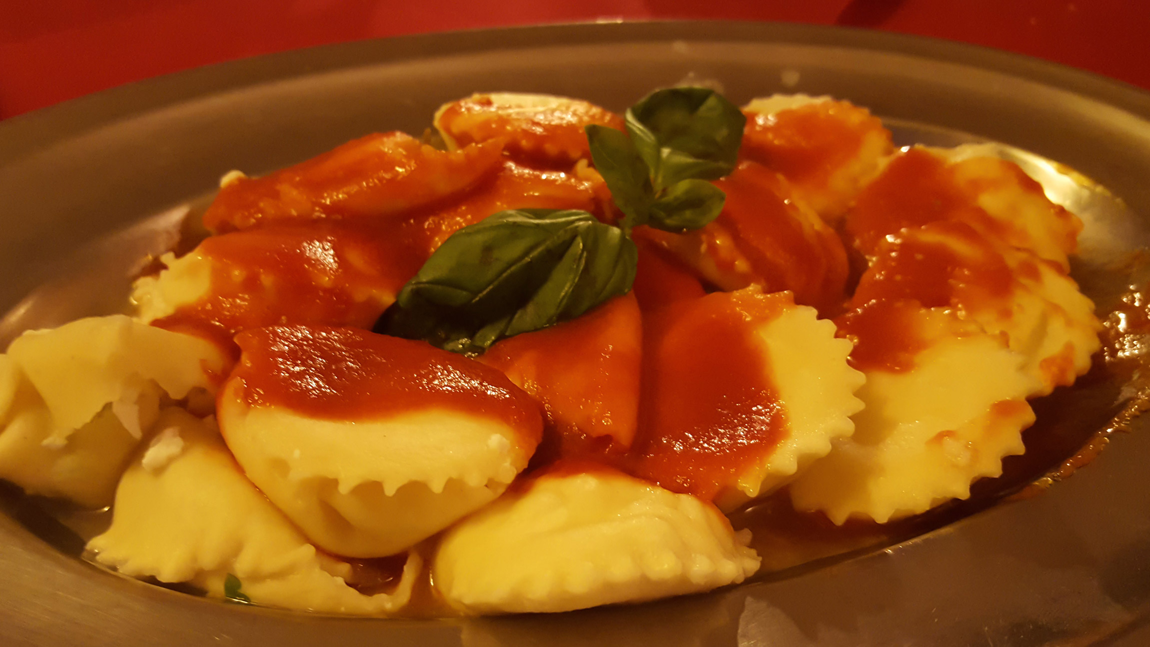 Cavajuóle (ravioli ripieni di ricotta dolce) - cosa mangiare in un weekend a Sant'Agata di Puglia