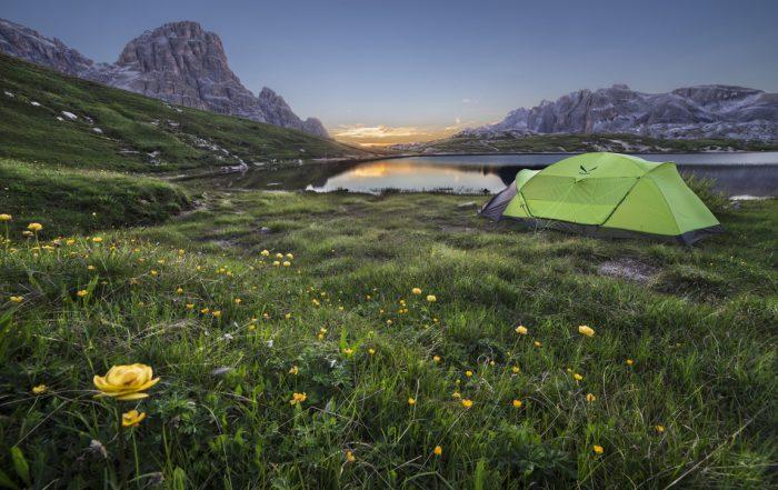 Cosa mettere nello zaino da trekking: la tenda