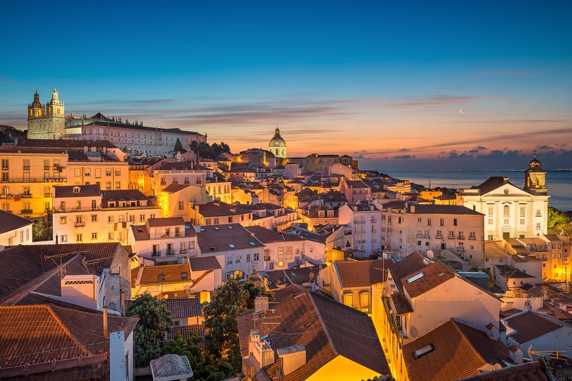 Lisbona in 4 giorni: panorama sul quartiere dell'Alfama, Lisbona