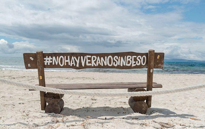 Vacanze a Formentera: panchina del Beso Beach