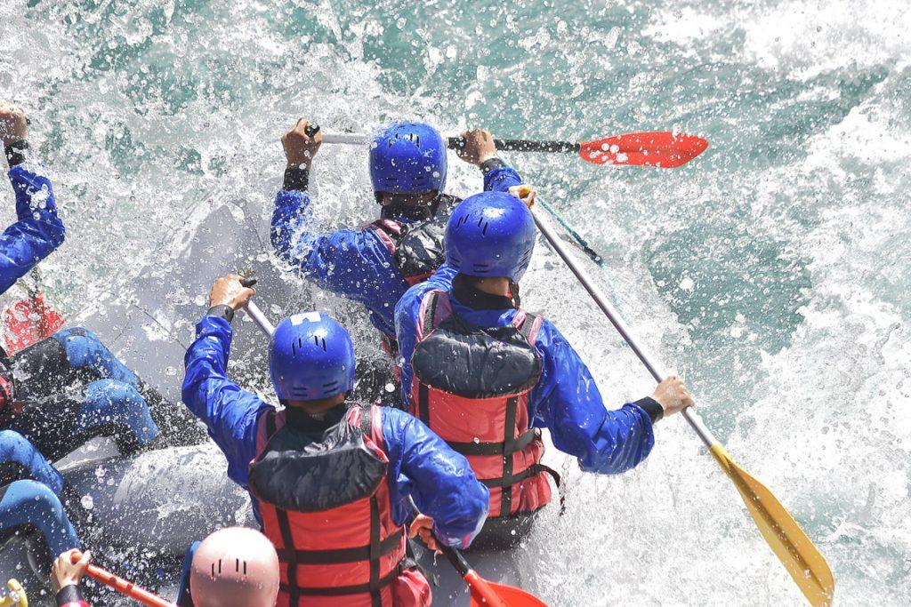 Esperienze attive in Italia: rafting in Val di Sole